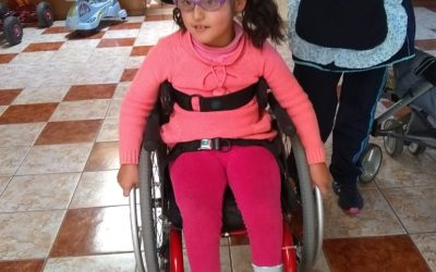 Abby receives a special chair thanks to US donor