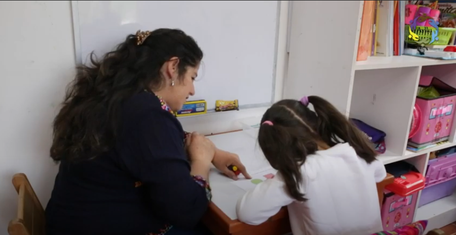 12 Latina Women Learn Skills and Receive Support Through Ayllu
